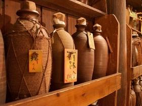 うりずん自社所有の 古酒蔵