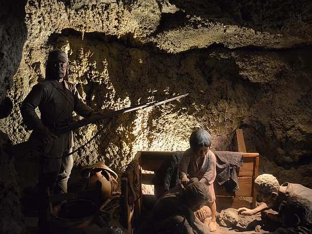 「住民の見た沖縄戦『鉄の暴風』」