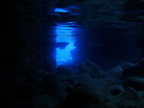 振り返ると青の世界