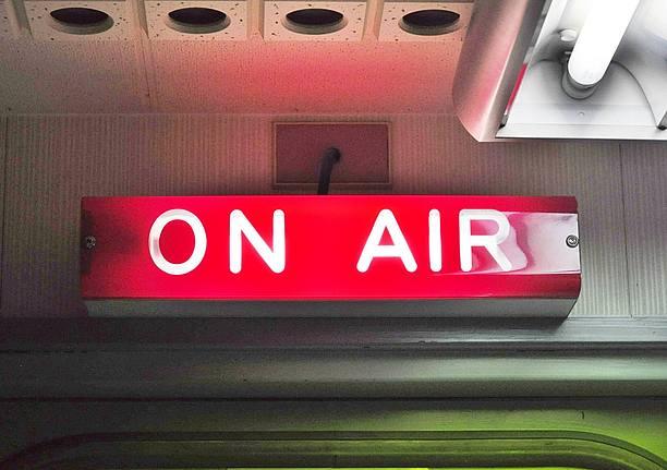 県内のラジオ局でも人気の高いラジオ沖縄、FM沖縄