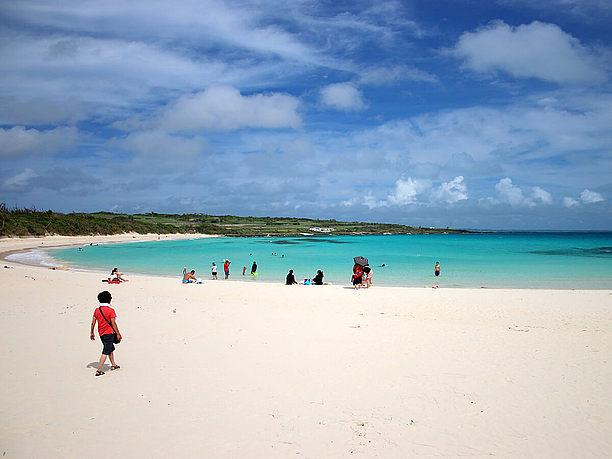 サラサラとしたパウダー状の砂浜が特徴的なビーチ