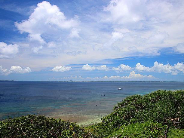 美しい海を一望