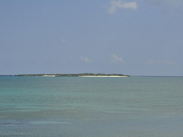 無人島の南浮原島