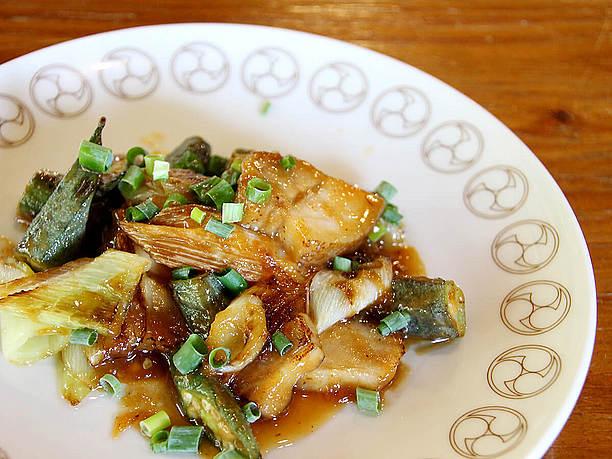 季節野菜とスーチカーのあんだんす (油みそ)炒め