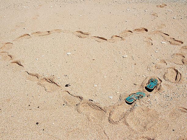 ハート型の足跡