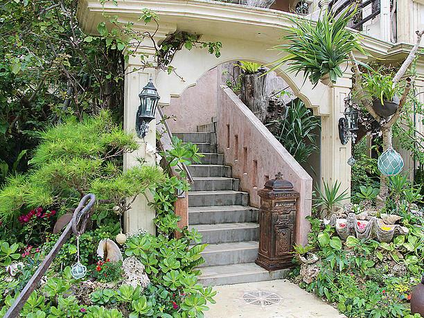 カフェ入口の階段