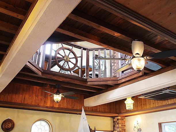 2階席から見上げた3階