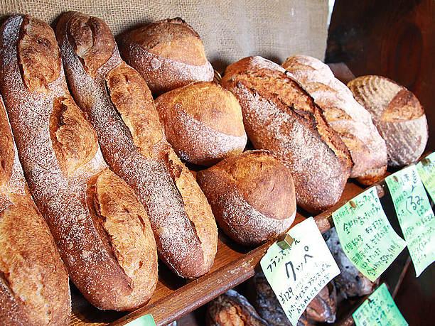 ハード系の全粒粉パン