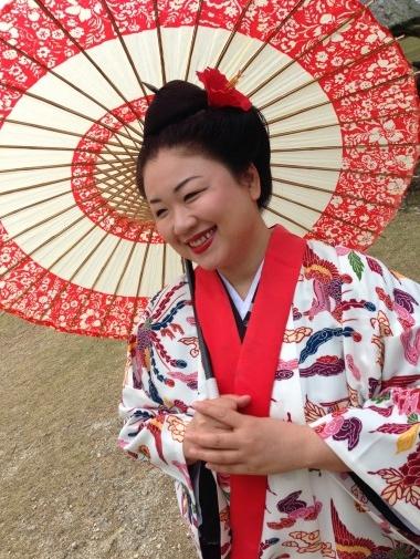 琉球衣装を身にまとう琉球体験