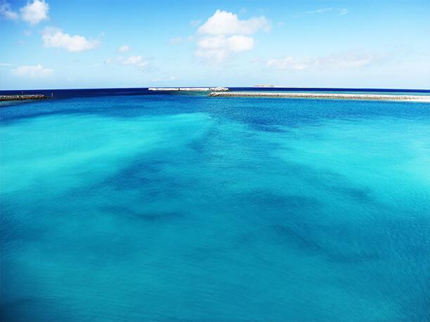 渡名喜島の海