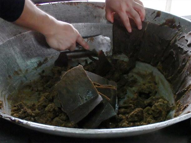 鍋ふち黒糖
