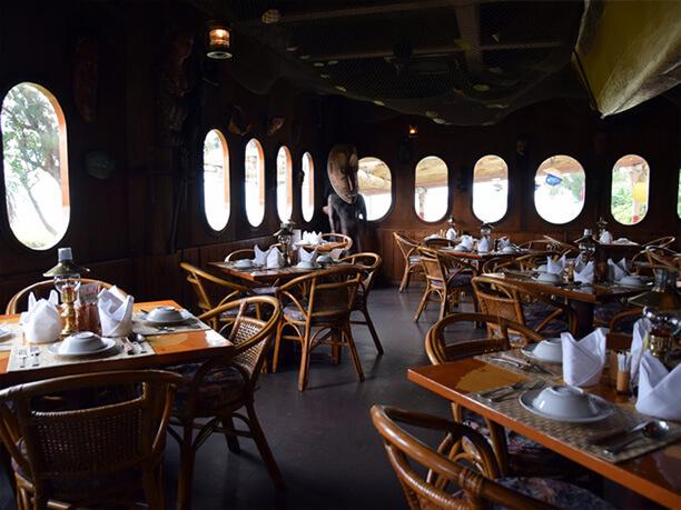 洋船がモチーフのレストラン