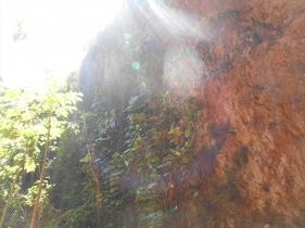 鍾乳洞からグリーンエントランスに出た瞬間