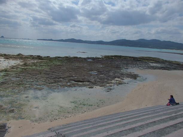 引き潮の石畳 全景