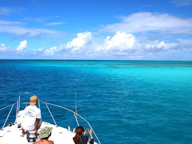 変化する海の色