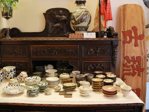 沖縄の骨董品