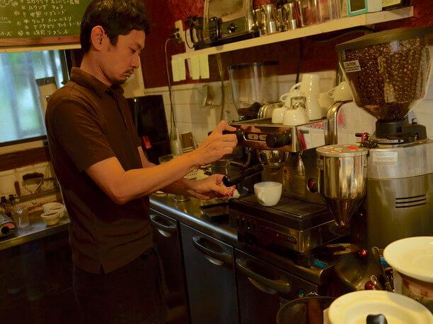 コーヒーロースティングで5位に入賞した山田哲史さん