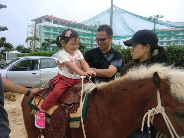 子供と乗馬