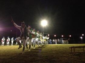 港湾緑地広場での踊り