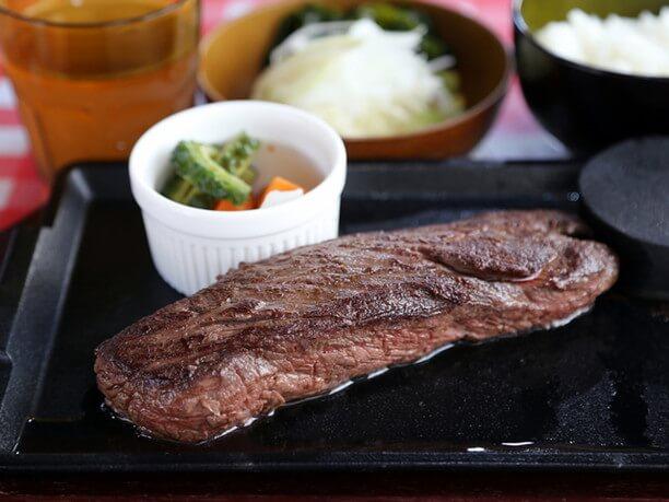 長方形のステーキ