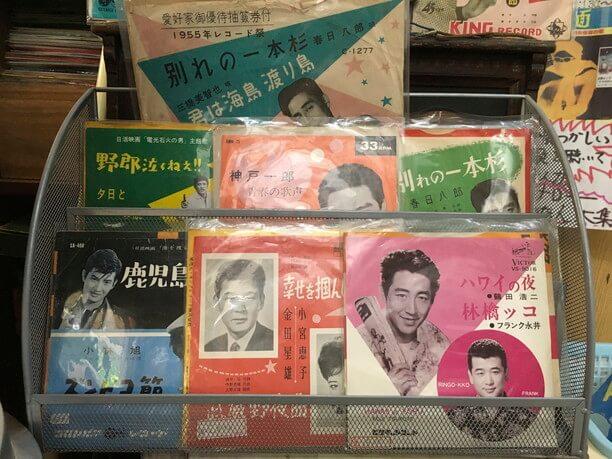 昭和の懐かしの流行歌のレコード