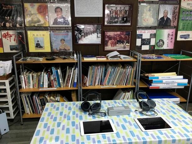 貴重な音源約2000曲を視聴できるiPad
