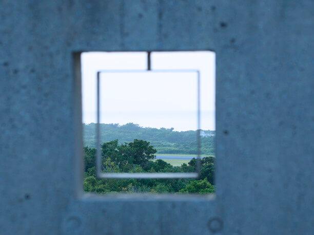 正方形状の覗き窓