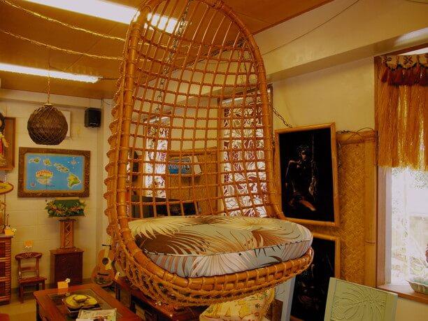 ハワイアン家具の椅子