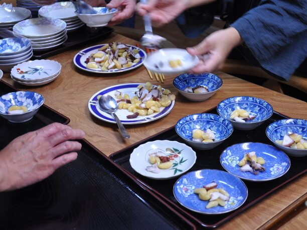 ピンタコ(ニンニクとタコの酢漬け)