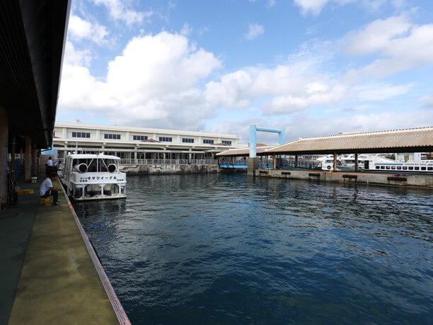 石垣港離島ターミナル海側外観