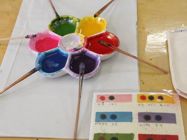基本の6色と色の組み合わせ例