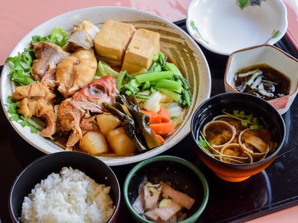 魚と野菜の煮付け定食