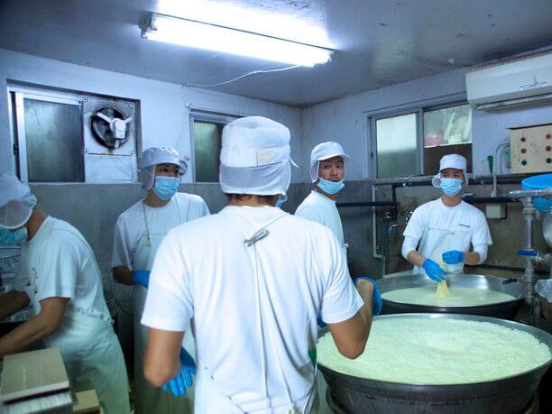 豆腐製造の様子