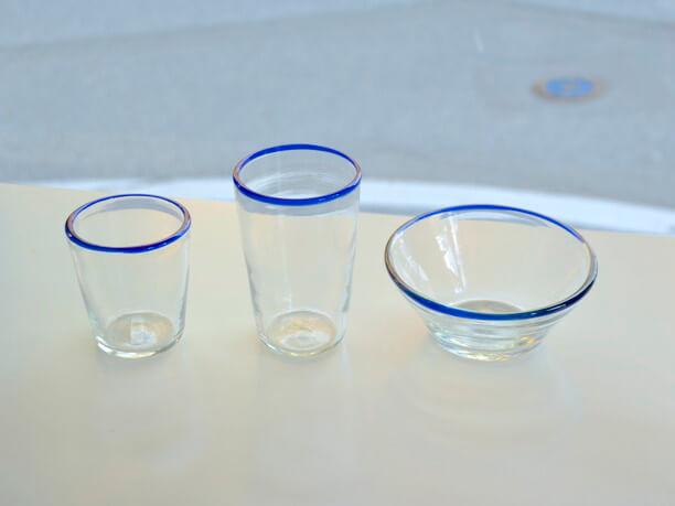 ブルーライングラス