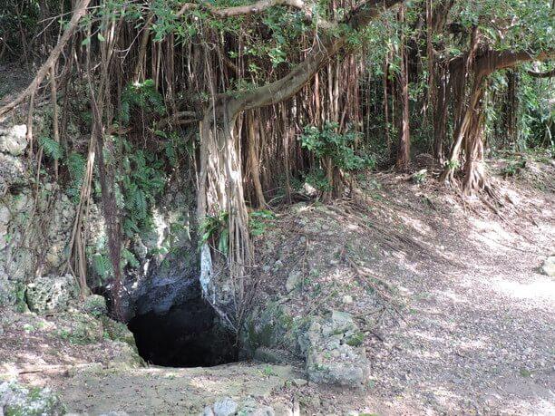 ブトゥラガーと呼ばれる井戸