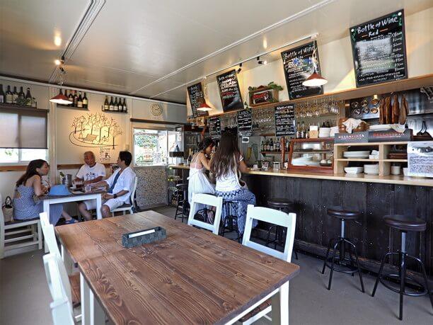 人気のカフェ