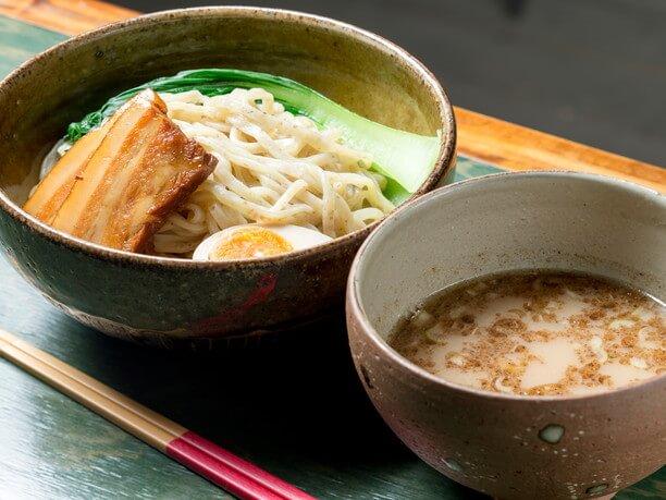 自家製麺の金月そば恩納店