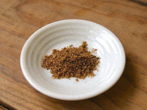 京都生まれのC&Aカレー粉に10種類以上のスパイスをブレンドしたオリジナルカレー粉