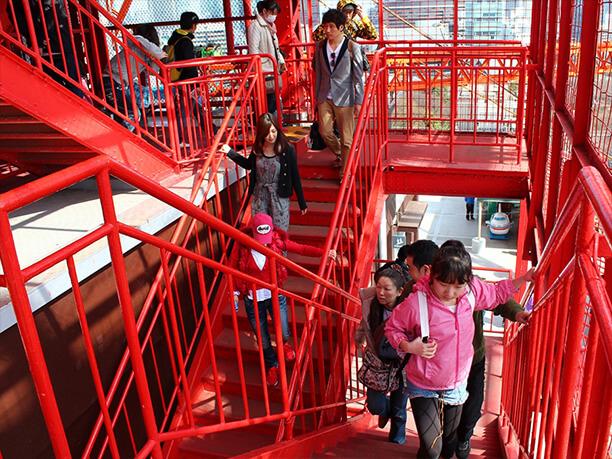 大展望台への階段