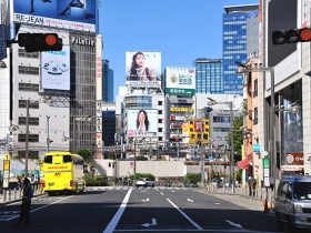 新宿の早朝風景