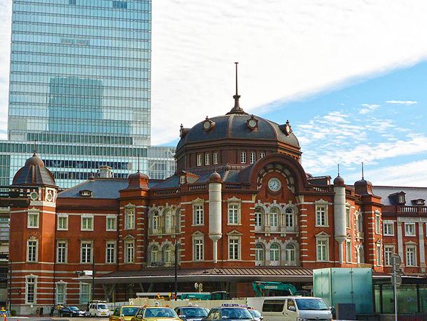 東京旅行の玄関、東京駅
