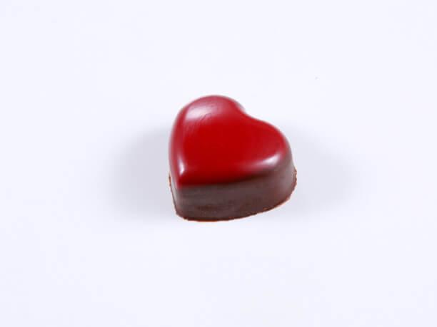 赤いハートのチョコレート