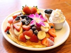 """朝食""""として愛される「カイラ・オリジナル・パンケーキ」"""