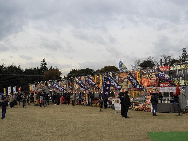 祭りの光景