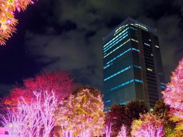 新宿南口のイルミネーション