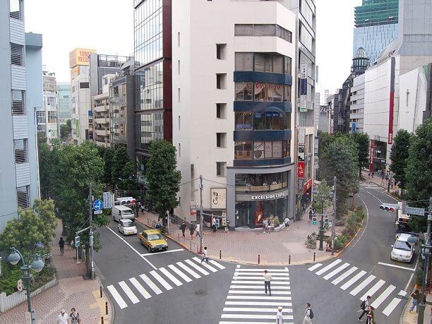 渋谷のど真ん中ならではの風景